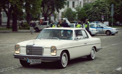 parad-na-retro-avtomobili-v-sofiya-6.jpg